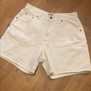 Vintage GUESS White Jean Shorts high waist size 29